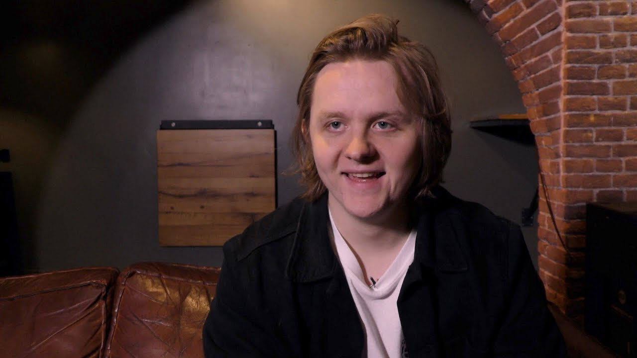Lewis Capaldi interview (part 1) - YouTube