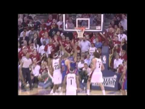 Lebron James vs Pistons Game 4 Playoff 2007 (May 29, 2007)