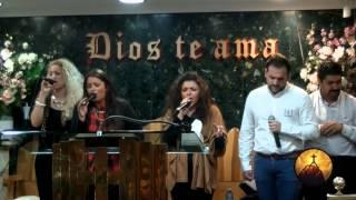 Jose el Negro Con el Coro Pan de Vida www.IglesiaFiladelfiaDelCentro.com