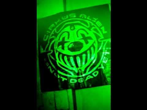 Circus_Alien_-_Direction_001.flv