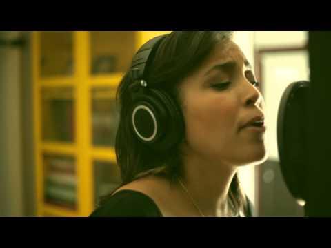 Burn Ellie Goulding (Maryann Vasquez Cover)