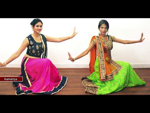 Kamariya Garba Dance Performance | Kamariya Mitron Dance | Indian Girls Dancing on Hindi Songs