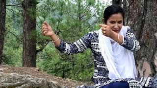 पहाड़ी लैट्रिंग vs इंग्लिश टॉयलेट सीट  Deepti Bisht comedy video..... must watch////
