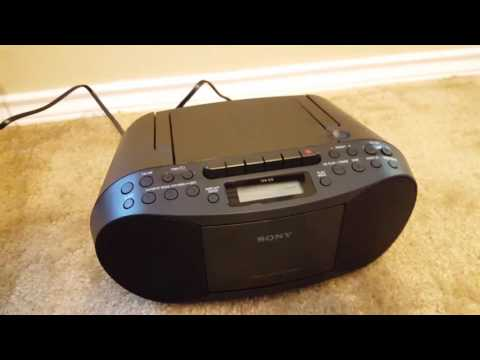 best portable cd player sep 2018 buyer s guide and. Black Bedroom Furniture Sets. Home Design Ideas
