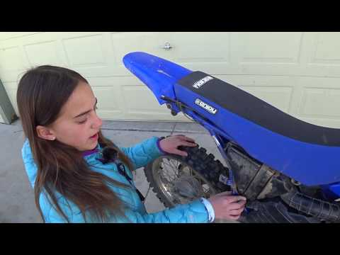 How to clean a air cleaner on a Yamaha TTR125