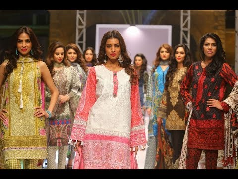 Fashion show organized to introduce new lawn Varieties in Gulberg.