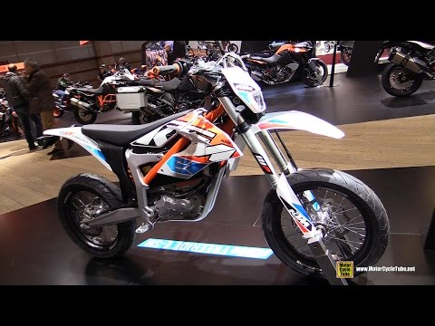 2016 KTM Freeride E-SM Electric Bike - Walkaround - 2015 Salon de la Moto Paris
