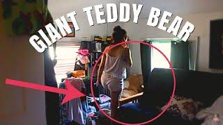 GIANT TEDDY BEAR PRANK ON GIRLFRIEND ( she hit me )