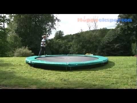 InGround Trampolin - Hoppeeksperten, DK - YouTube