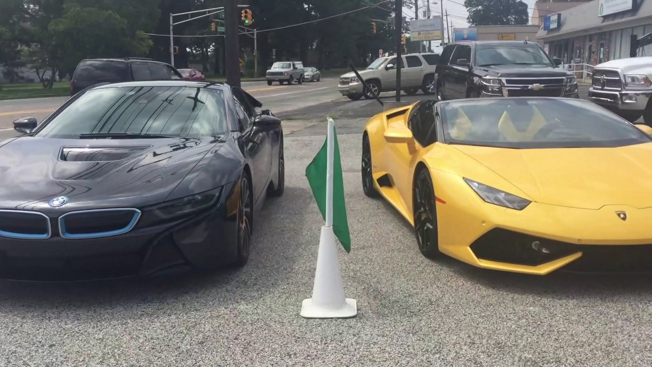 Lamborghini Huracan Vs Bmw I8 Drag Race Youtube