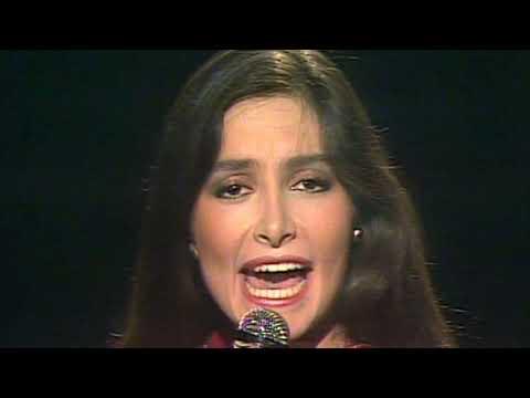 Daniela Romo - Mentiras [HD] mp3