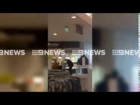 Waverley Gardens Shopping Centre robbery (Nine News)