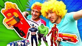 Видео  - Супергерои Марвел против Нерферов! - Весёлые игры стрелялки.