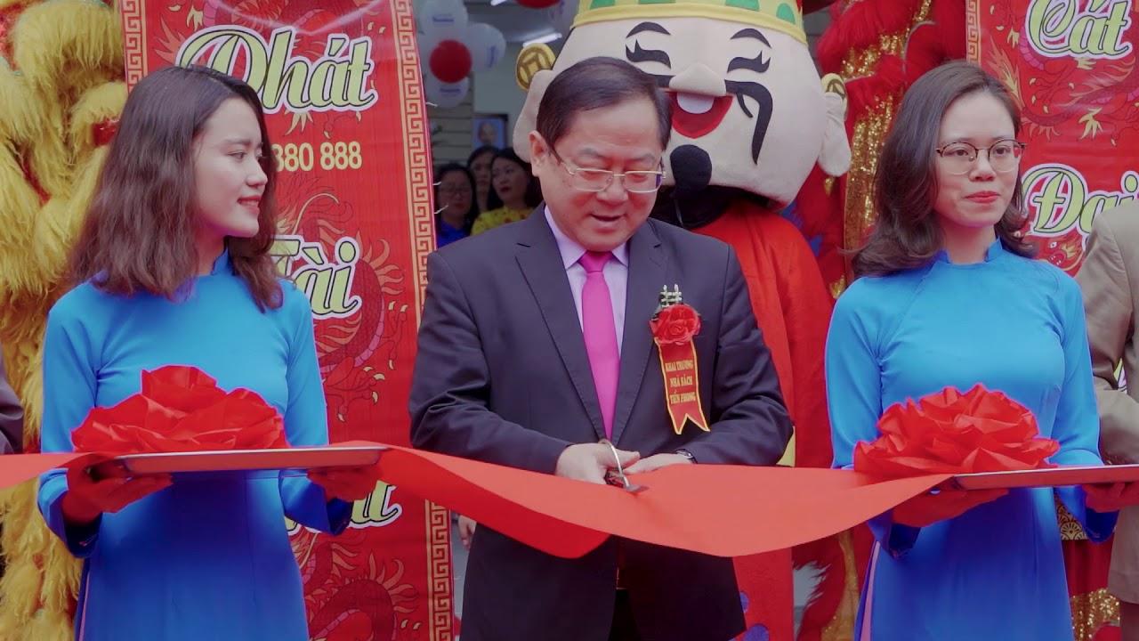 Khai trương Nhà sách Tiền Phong 85 Nguyễn Phong Sắc, Hà Nội