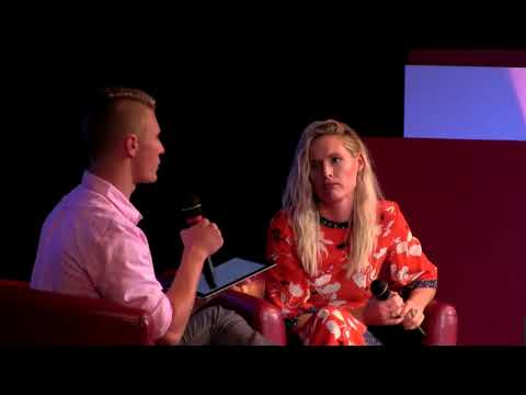 "Interview and Song: ""I Alone Have Loved You"" 