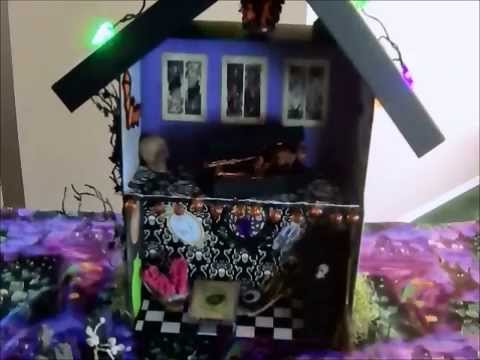 DIY Haunted House for your Pet Rock!