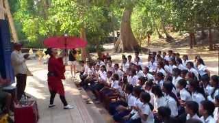 カンボジア アンクル・トムの小学校にて