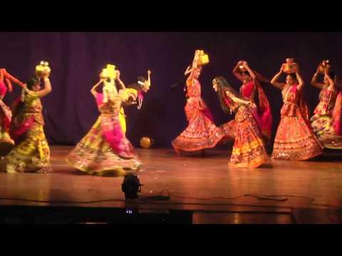 Radha Kaise Na jale | Dance | Natraj Nrityalaya, Kalyan Annual Day 2017