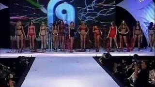 Leryn Franco -Desfile de Roberto Giordano 2010-