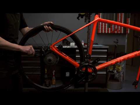 DREAM BUILD ROAD BIKE - Trek Emonda SLR Disc Project One