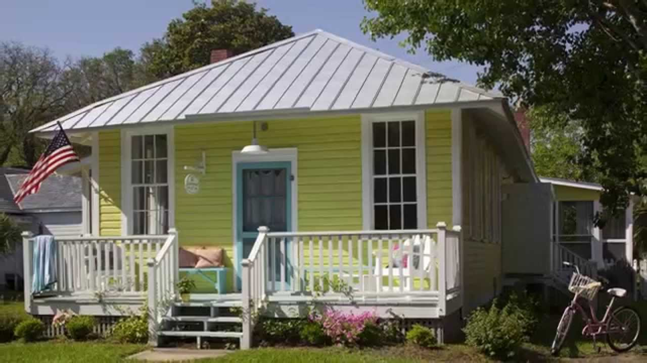 How To Choose Exterior Paint Colors | Seaside Design | Coastal Living    YouTube