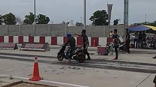 V100 scooter drag (Terengganu July 2018)