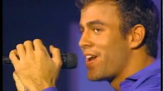 Enrique Iglesias canta Lluvia cae - Videomatch 97