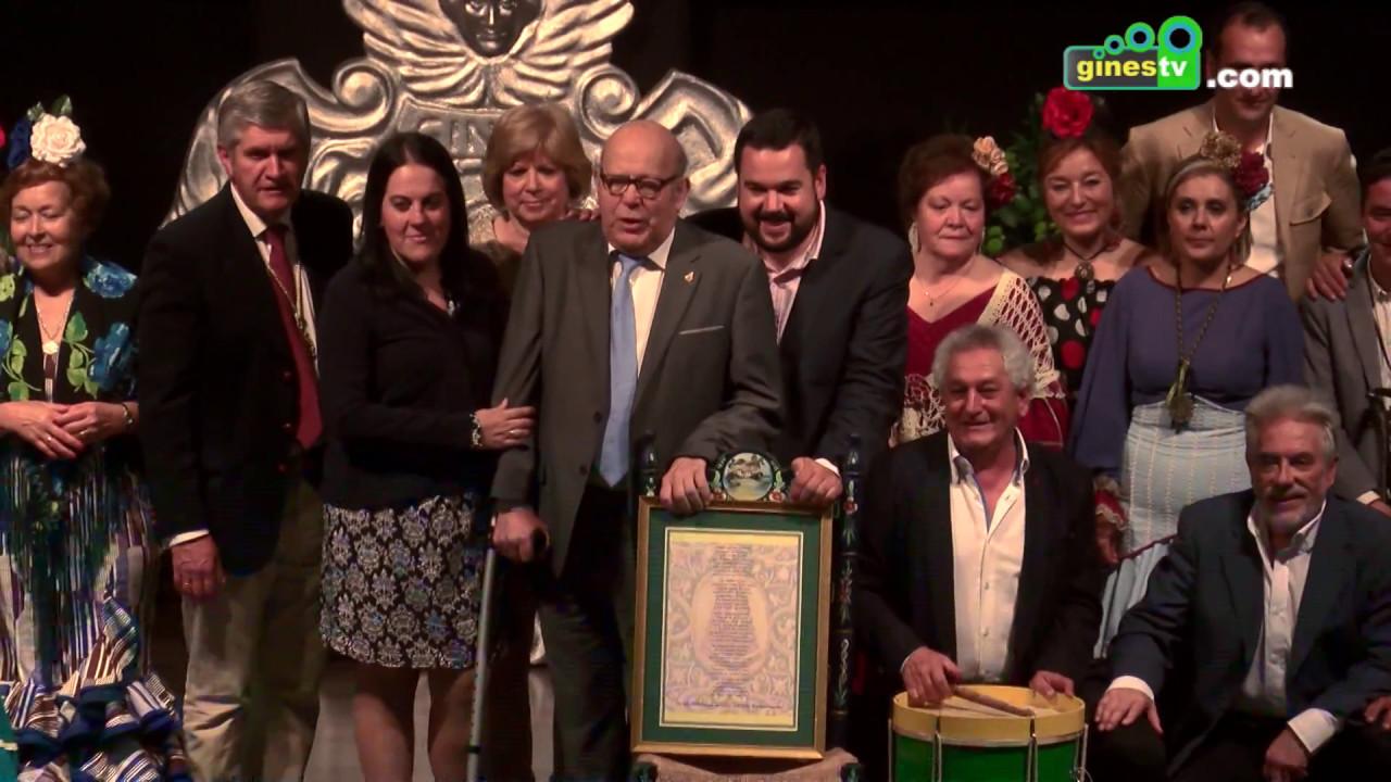 La Hermandad del Rocío de Gines homenajeó este miércoles la figura de Manuel Mateos