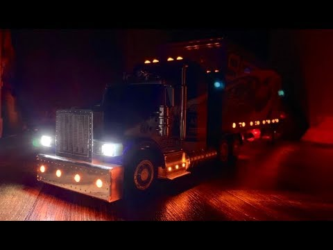 Led Lights For Semi Trucks >> 2016 Toys R Us Semi Truck Led Light Demo