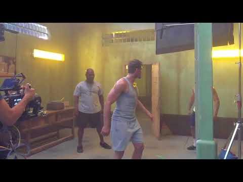 Mike Tyson slaps Kickboxer in the face!!!