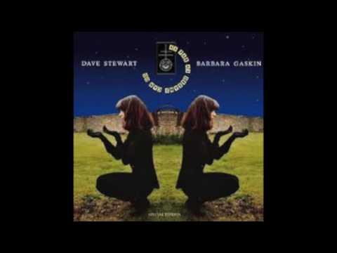 Dave Stewart & Barbara Gaskin - I Know I'm Losing You