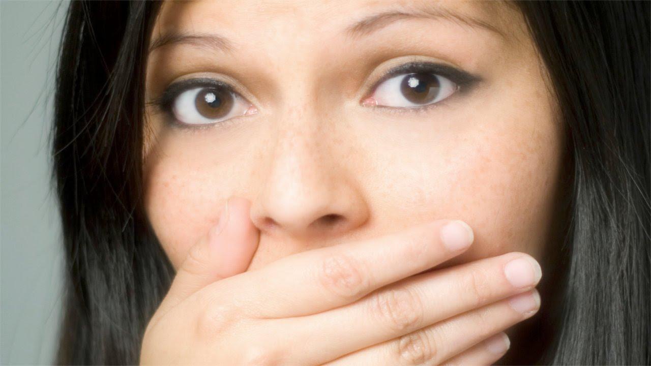 maxresdefault Cara Menghilangkan Bebauan Mulut dengan Natural