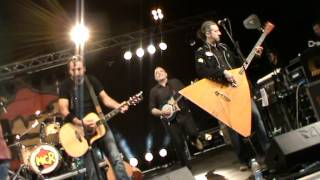 the great song of indifference - Modena CIty Ramblers - Franco D'Aniello sings