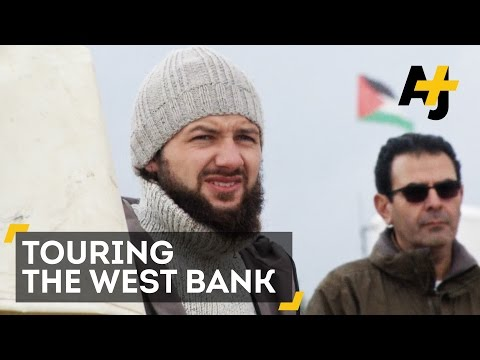 Ex-Israeli Soldiers Are Showing Tourists The West Bank