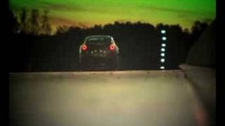 R35 GT-R vs Morris Minor down the drag strip