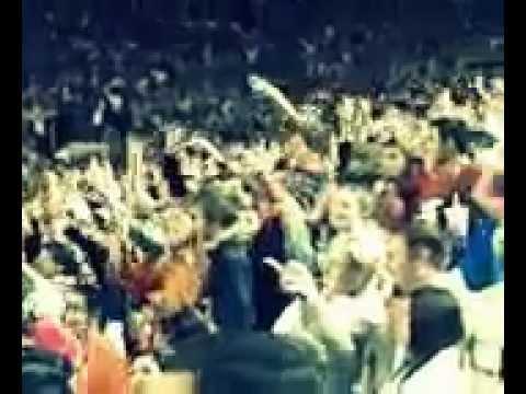 University of Texas Longhorns football teams dance to Cypress Hill jump around
