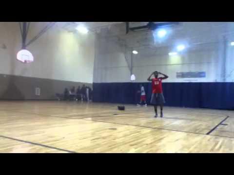 Joshua burrow dunks in practice