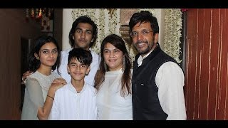 Watch jaaved jaffrey celebrating eid with family and friends. subscribe: http://www./thecinecurry like us on facebook: https://www.facebook.com/ci...
