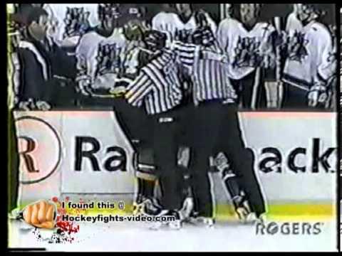 Nov 21, 1999 D J  Maracle vs Jason Maleyko London Knights vs Brampton Batallion OHL