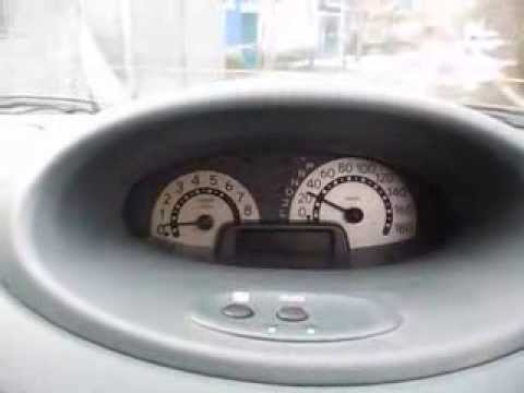 замена лампочек приборной панели toyota vitz 2001