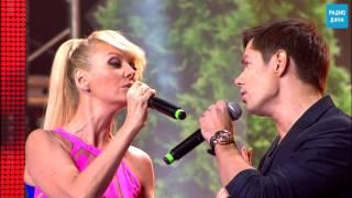 Download Валерия и Стас Пьеха - Ты Грустишь [Disco Дача 2013] Mp3 and Videos