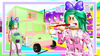 Living In An ICE-CREAM TRUCK For 24 Hours In Bloxburg (Roblox Story)
