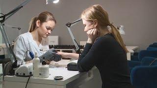 Мода на натуральный маникюр мировые звезды массово отказываются от гель лака на ногтях