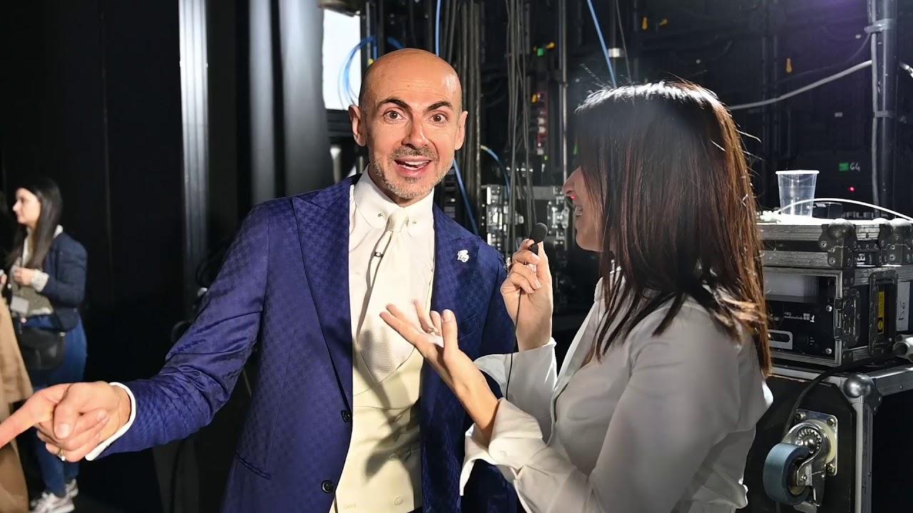 Bouquet Sposa Enzo Miccio.Enzo Miccio Presenta La Sua Sposa 2020 Quintessentially Youtube