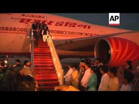 INDIAN PM VISITS MYANMAR IN HOPE OF ENERGY DEAL