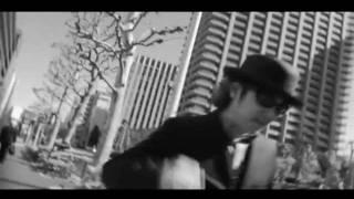 アルバム「COYOTE」(2007年作品)からのリードトラック「君が気高い孤...
