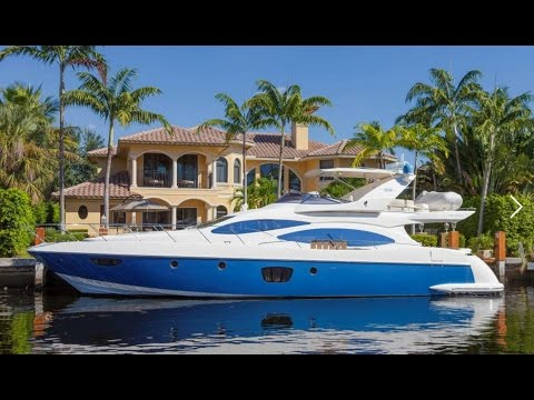 2009 Azimut 68 Flybridge Yacht For Sale at MarineMax Pompano Yacht Center