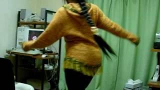 Una pequena demostracion de baile.