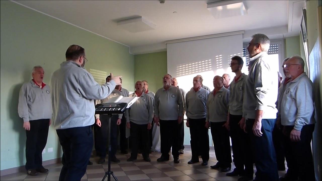 La Mia Casa Group casatenovo: il coro ''i rododendri'' si esibisce a ''la mia casa''