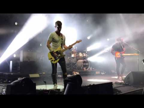 Bloc Party - Skeleton [Live at Roundhouse London 10.02.17]